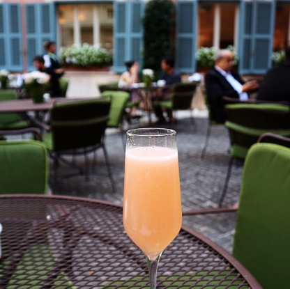Aperitivo Hour at Hotel de Russie